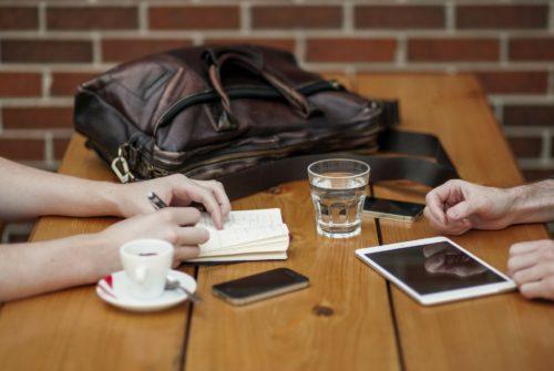 職場をカフェに変更